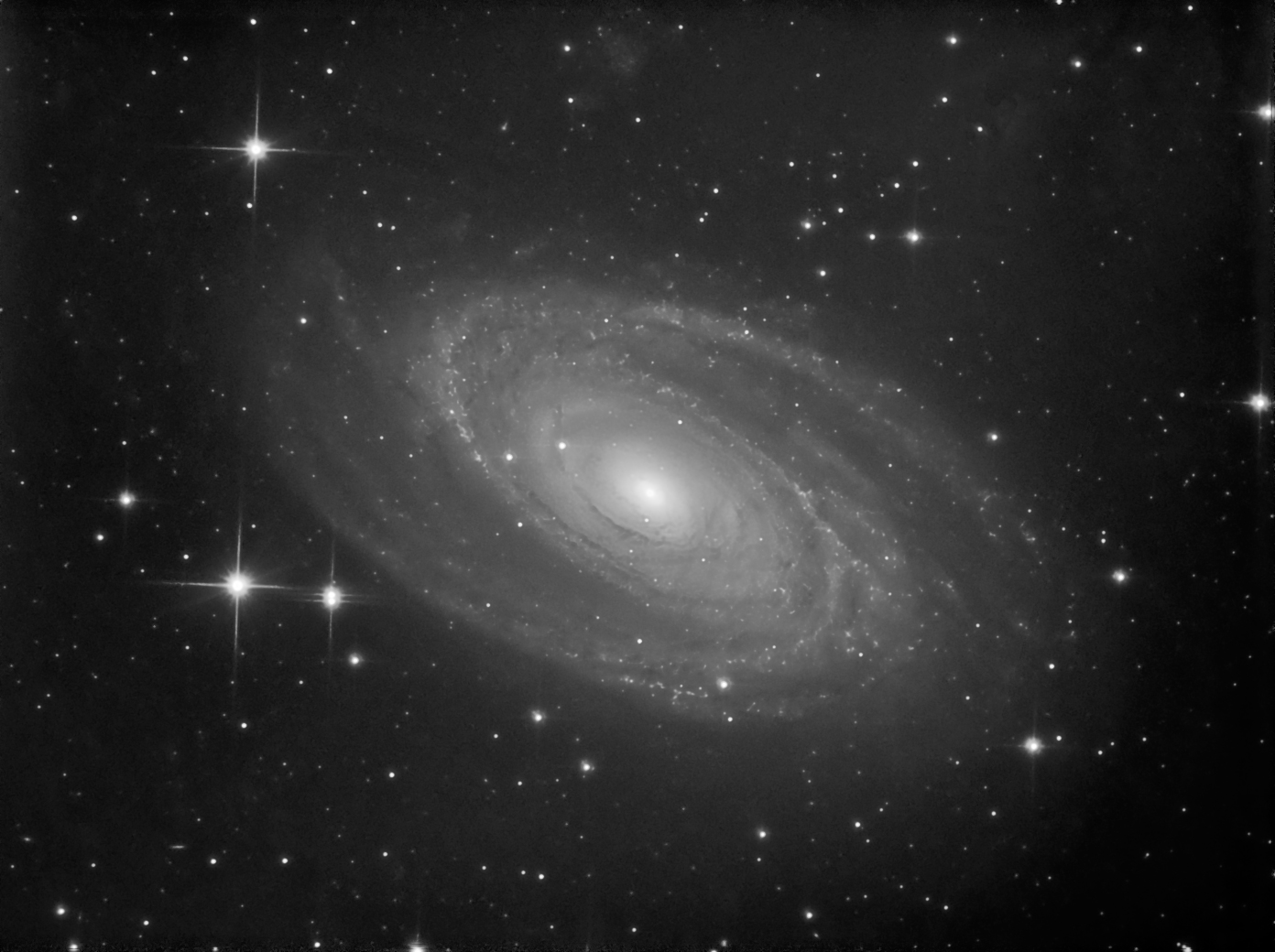 M81 Bode's nebulae Artemis CCD images at the Curdridge ...